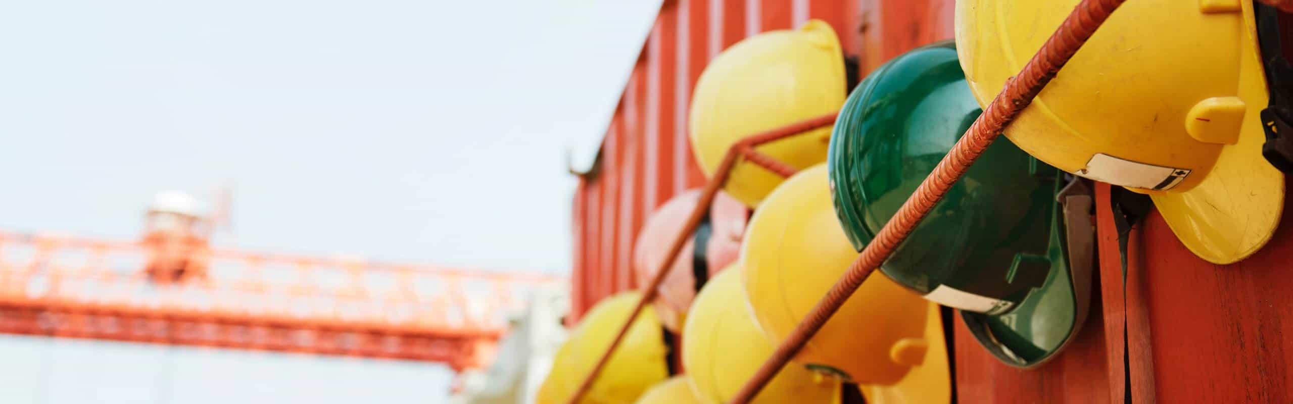 descubre la importancia de los EPIS en la prevención de riesgos laborales