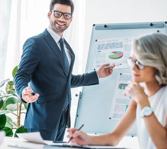 Máster en Asesoramiento Empresarial + Curso de Consultor en Logística y Transporte