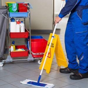 Fórmate con el Curso de Limpieza en Aeropuertos