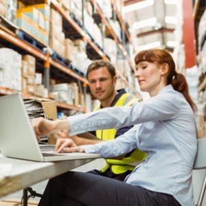 Cursar un máster en diseño y organización de almacén te profesionalizará en interiorismo industrial