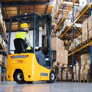 Estudiar un máster en operaciones de almacenaje te permitirá gestionar eficazmente almacenes industriales